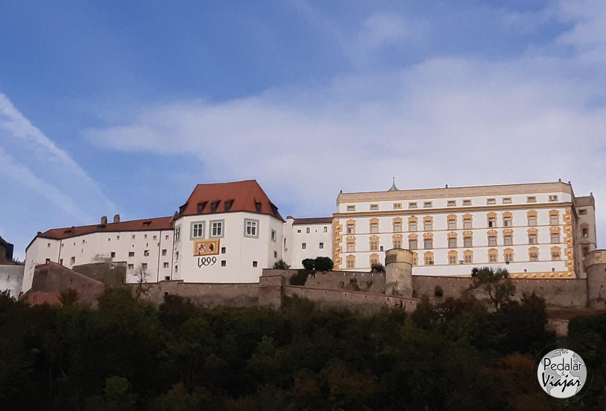 Veste Oberhaus é uma fortaleza fundada em 1219